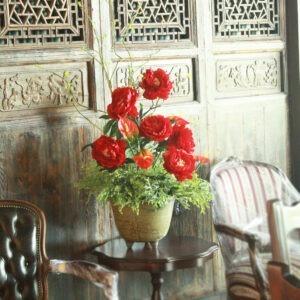 VFM0017 / Red Peonies in Vase